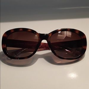 Woman's Couch sunglasses